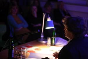 Anton G. Leitner und Publikum. Foto: Jan-Eike Hornauer