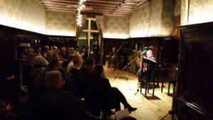 Andreas Lechner und das Publikum im Literaturhaus Berlin. Foto: DAS GEDICHT