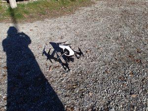 Schattenmann mit Drohne.