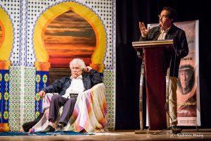 Festivaleröffnung von Abdelhaq Mifrani zu Ehren von Juan Manuel Roca. Foto: Rufino Haag